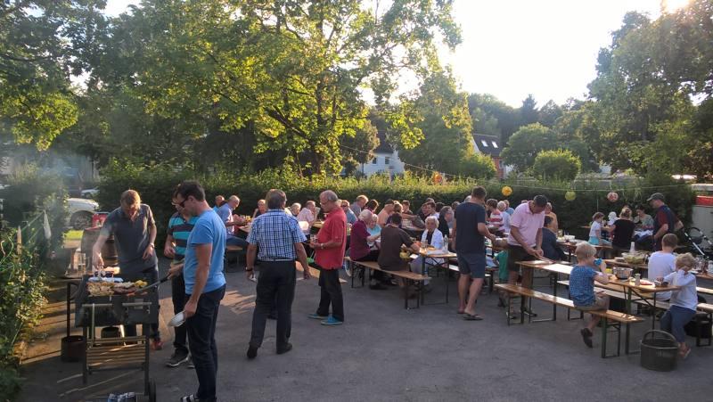 Nachbarschaftsfest 2018 bei schönstem Sommerwetter